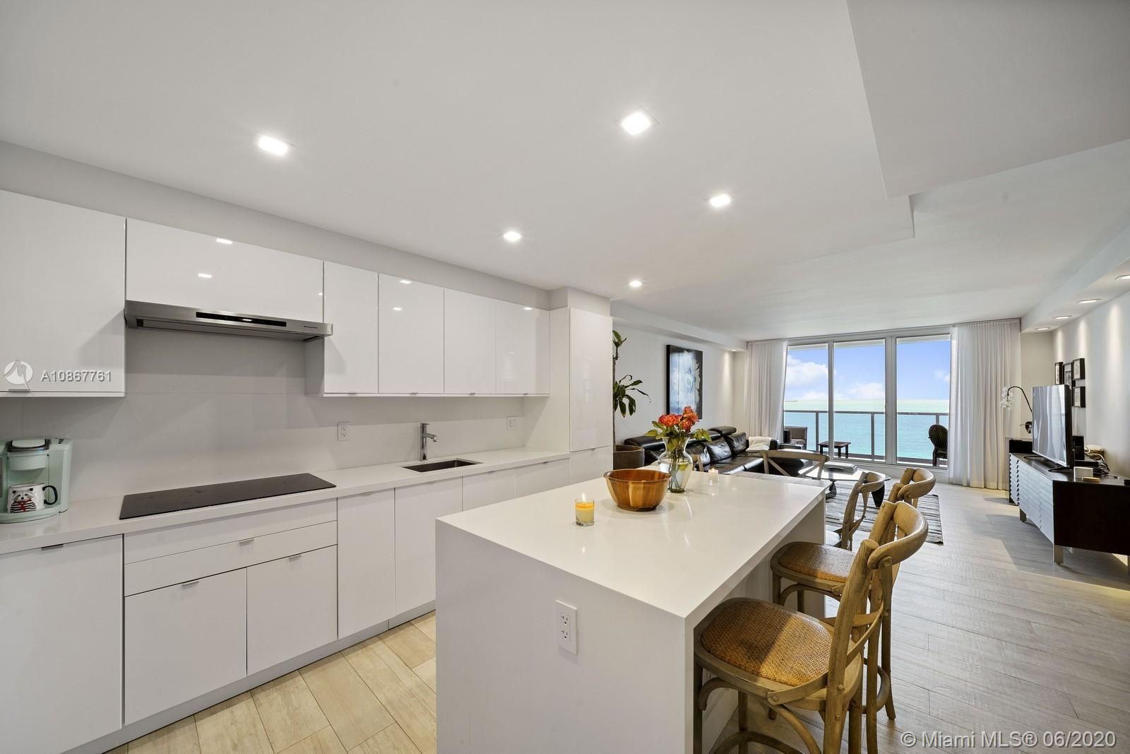 Roney Palace Unit #1523-24 | Picture 7