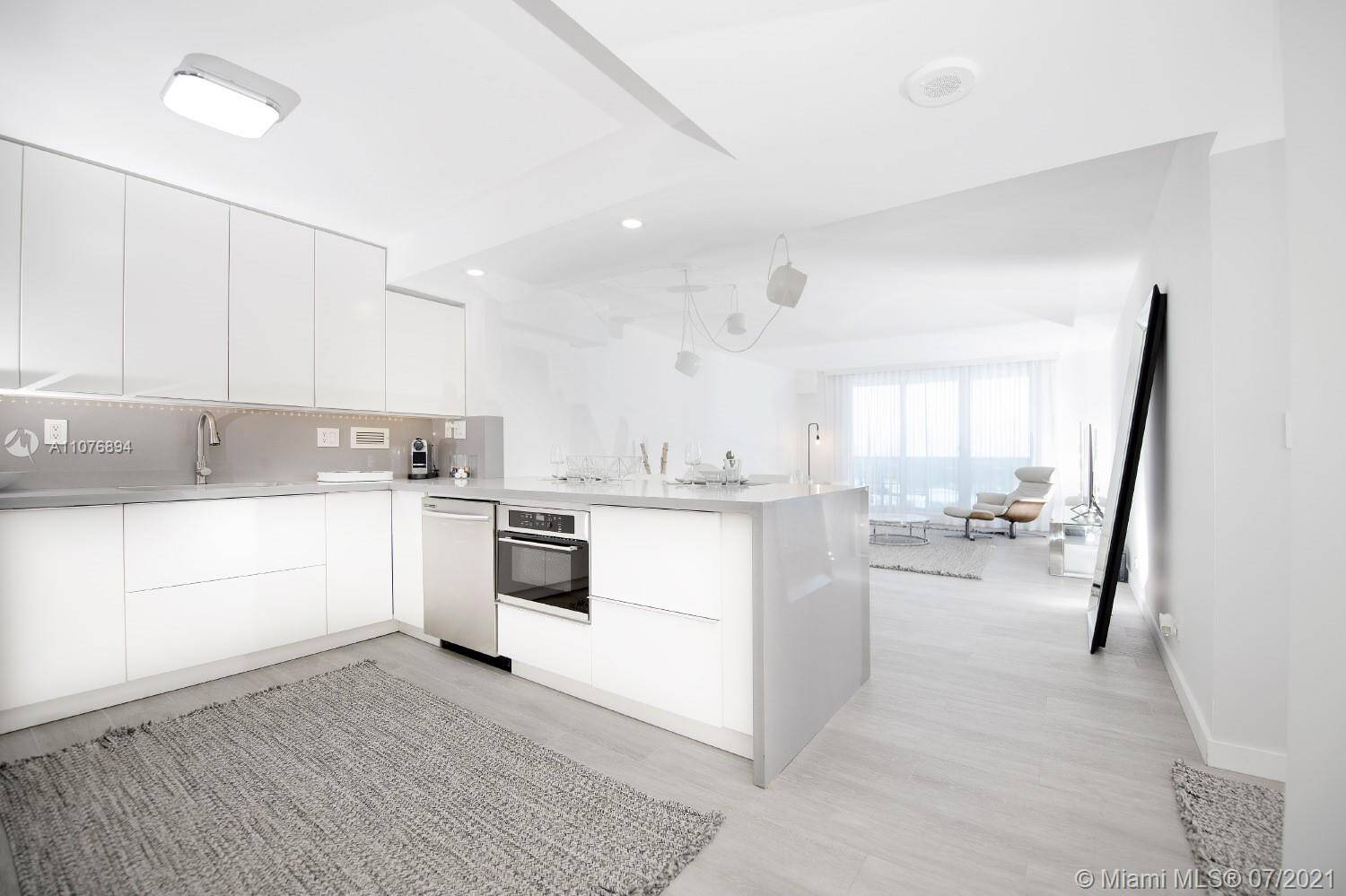 Roney Palace For Sale| Unit #1534