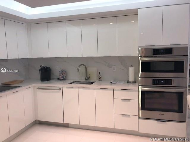 Roney Palace Unit #416   Picture 3