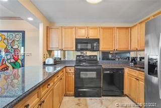 Roney Palace Unit #1206 | Picture 5