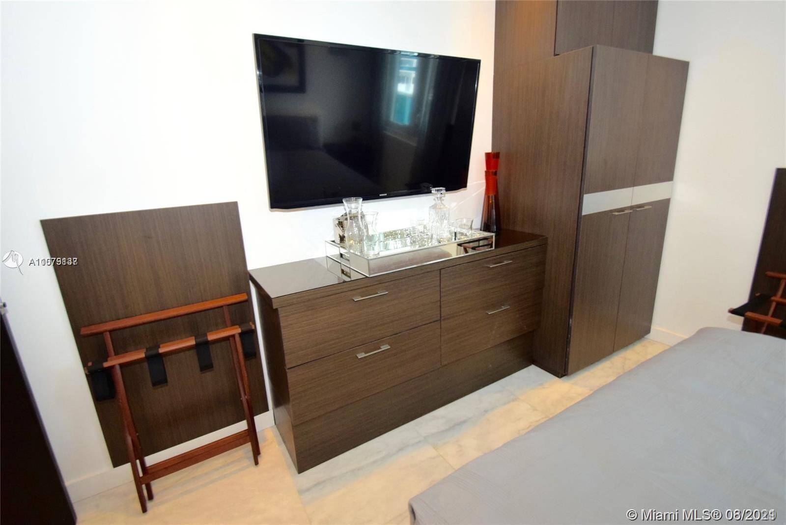 Roney Palace Unit #307 | Picture 13