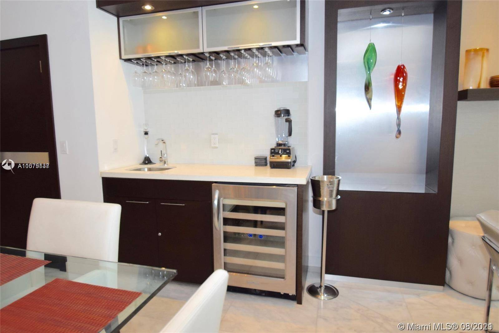 Roney Palace Unit #307 | Picture 6